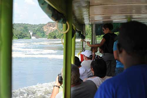 Boat ride with Murchison Falls view